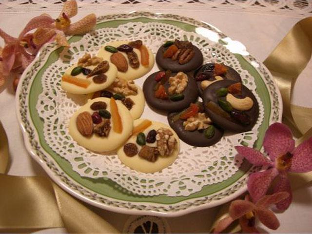 マンディアン(円盤状のチョコレート菓子)