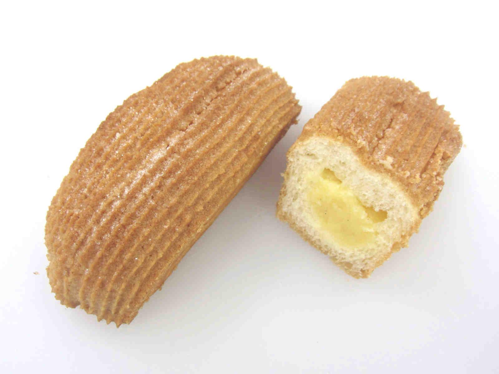 全粒粉のクッキークリームパン