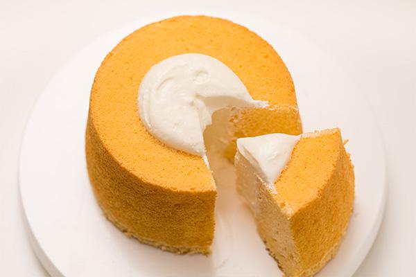 シフォンケーキ(直径18㎝ 高さ9㎝のシフォンケーキ型 1個分)
