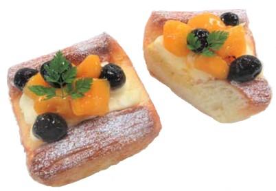 チーズフルーツデニッシュ